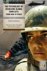 Cover image for The Psychology of Resolving Global Conflicts